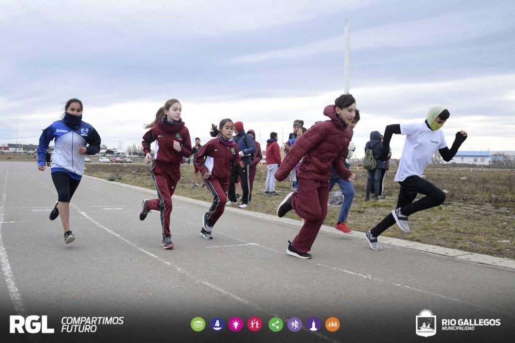 Juegos Evita: comenzó la instancia local de atletismo y vóley Sub 15 Femenino
