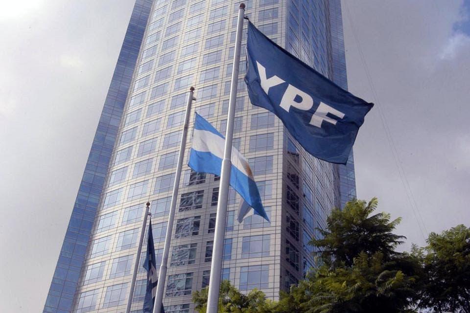 YPF perdió $23.023 millones en nueve meses