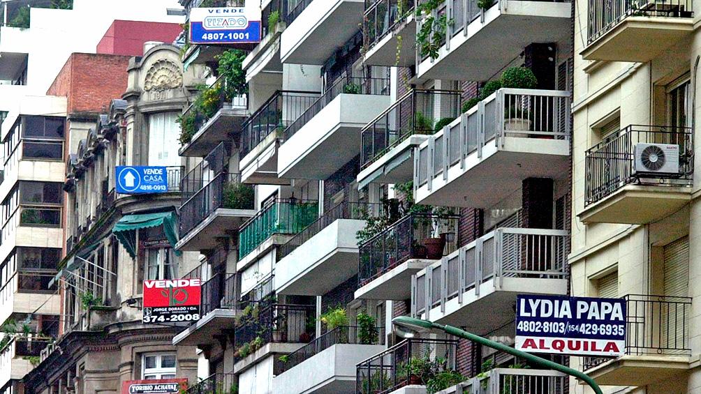 Cómo impactan las restricciones al dólar en el mercado inmobiliario