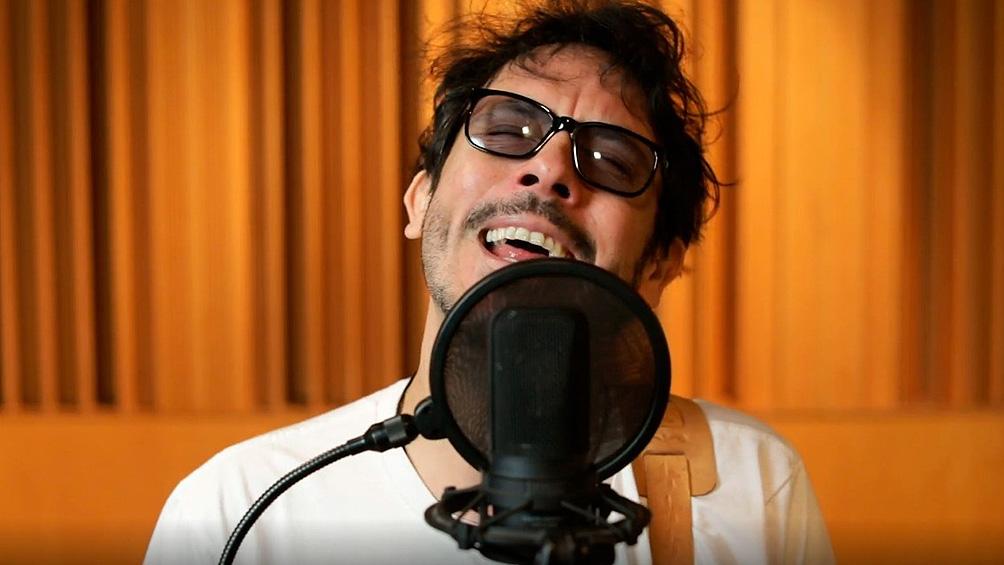 Lisandro Aristimuño compartirá un show íntimo y acústico desde su estudio