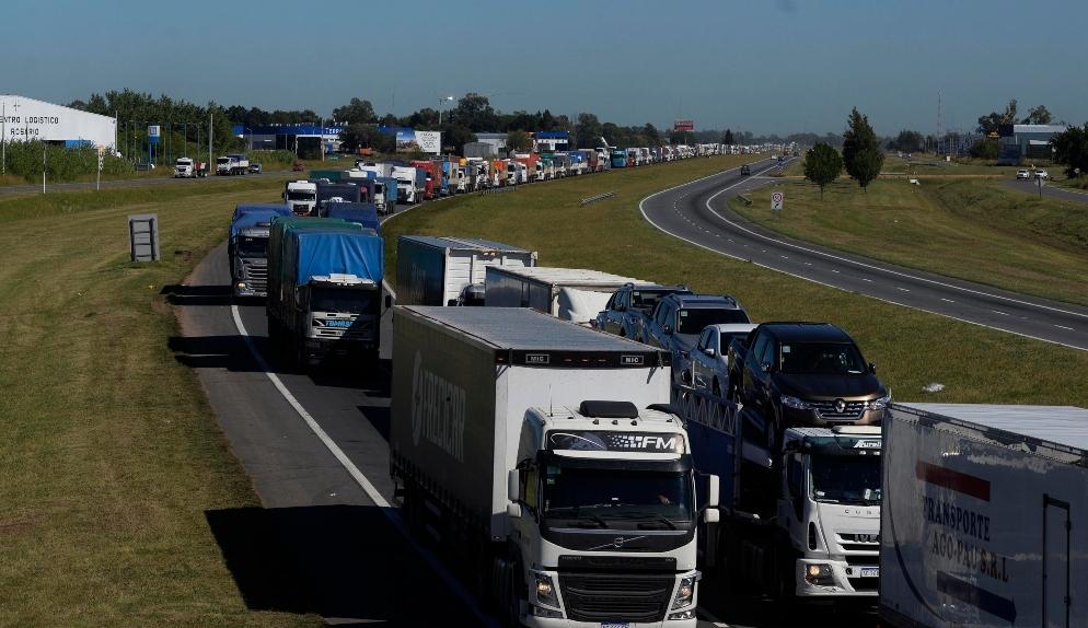 La protesta de transportistas comenzará a sentirse en los puertos en próximas 48 horas