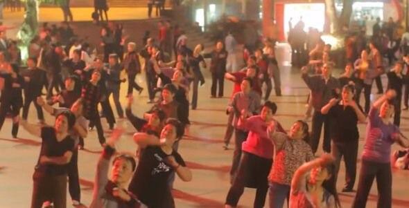 """vecinos-cansados-del-ruido-hackean-los-parlantes-de-las-""""abuelas-bailarinas""""-chinas"""