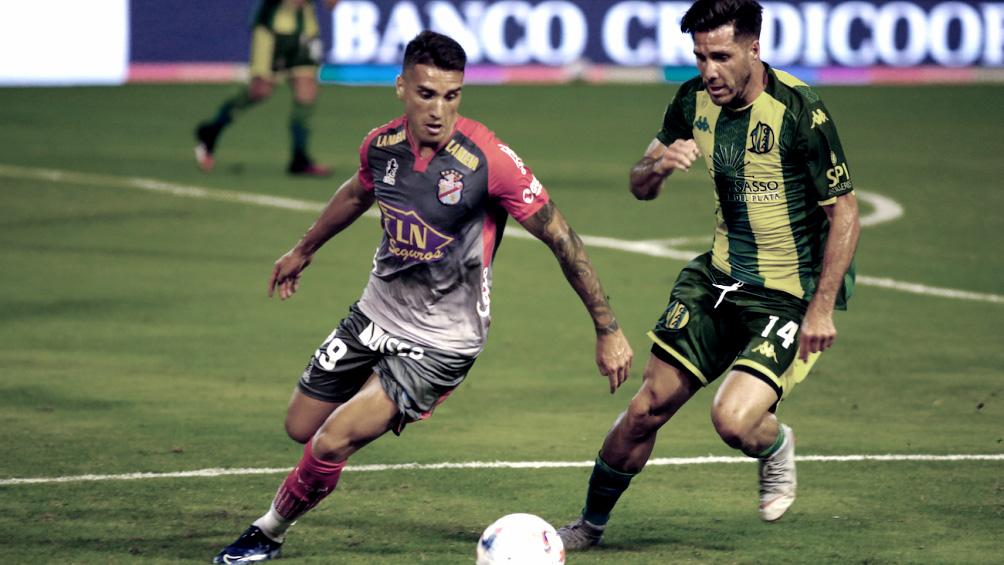 Aldosivi empata en Mar del Plata a Arsenal en un cruce de equipos necesitados